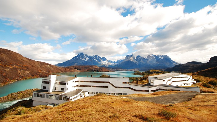 Hotel Salto Chico Explora Patagonia building complex and the Andes in the background