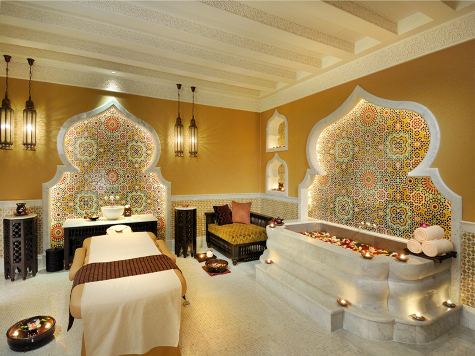 Emirates palace for Small luxury spa hotels