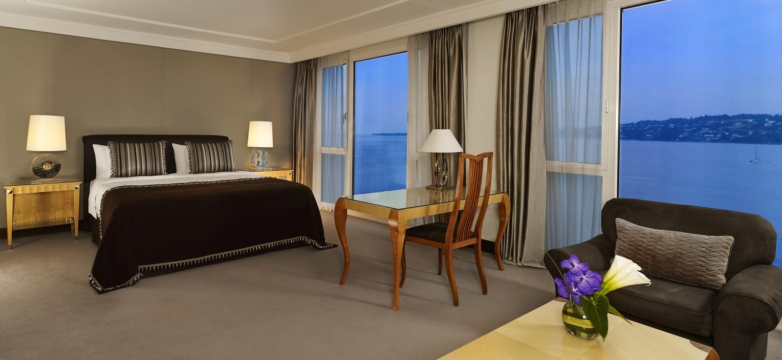 Hotel president wilson geneva splendid views on lake geneva for Hotel president wilson royal suite