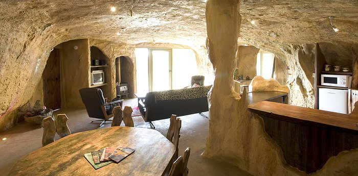 Mira Mira Fantasy Accommodation - Fairytale Cave Hotel