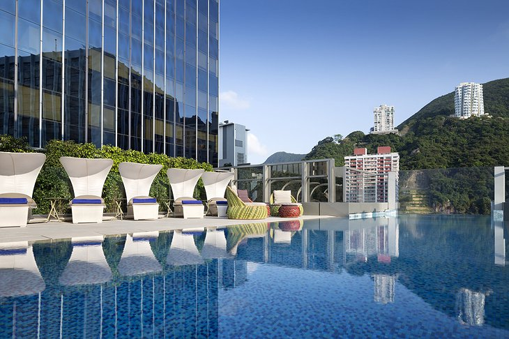 Hotel Indigo Hong Kong infinity pool with city views