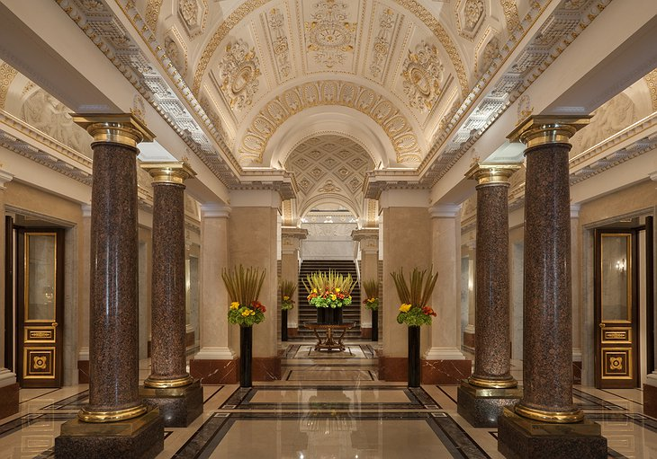 Four Seasons Hotel Lion Palace St. Petersburg hall