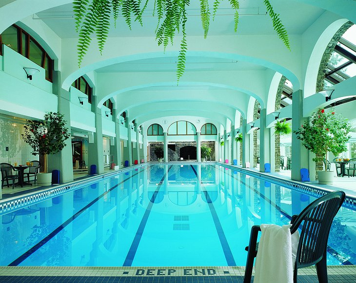 Fairmont Banff Springs Hotel swimming pool