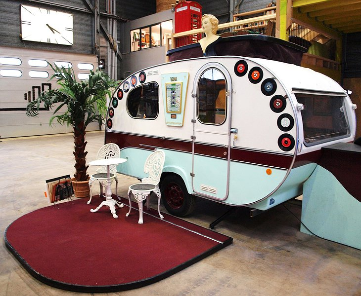 Rockabilly trailer