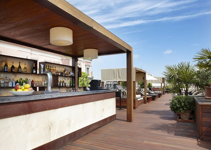 Hotel 1898 rooftop terrace bar