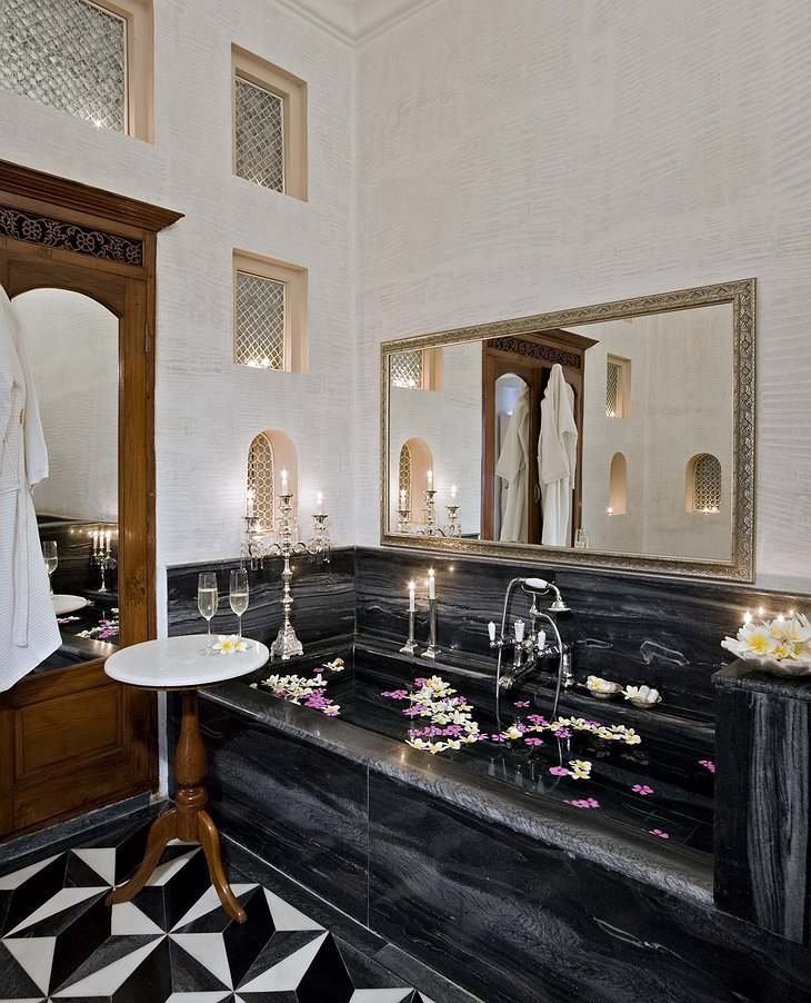 Samode Palace bathroom with black marble
