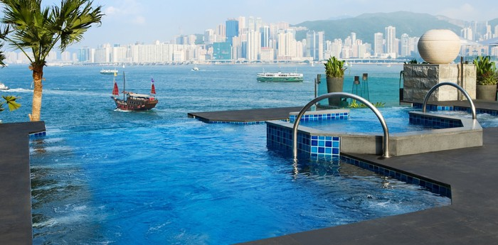 InterContinental Hong Kong - Jacuzzis in the sky