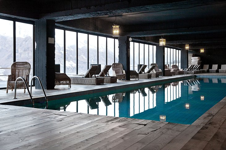 Rooms Hotel Kazbegi Indoor Wooden Pool