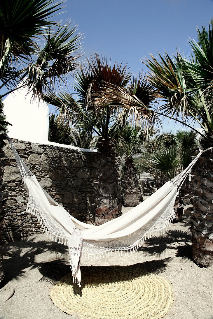 San Giorgio Mykonos hammock in the rocks