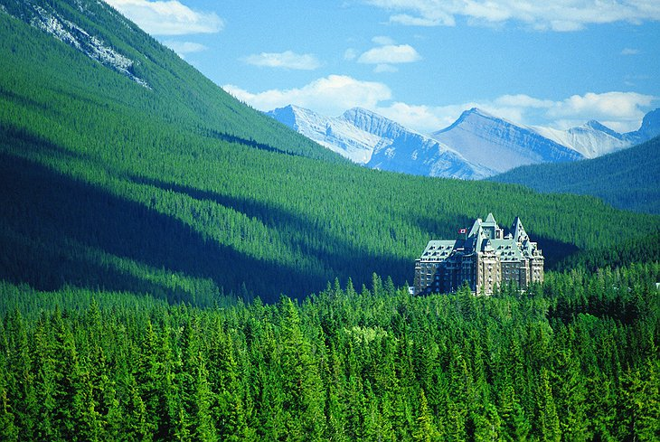 Fairmont Banff Springs Hotel in the middle of nature