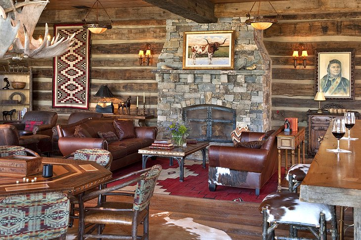 Great Room in The Granite Lodge