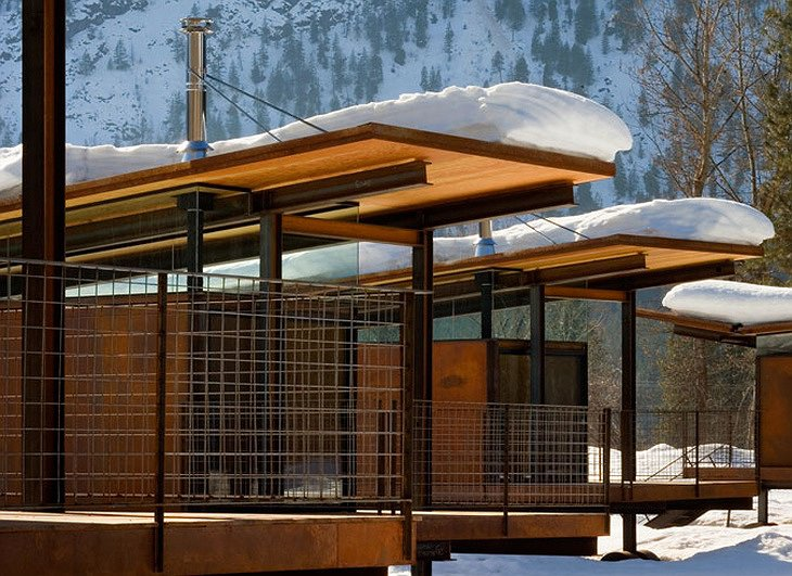 Rolling Huts in the Methow Valley
