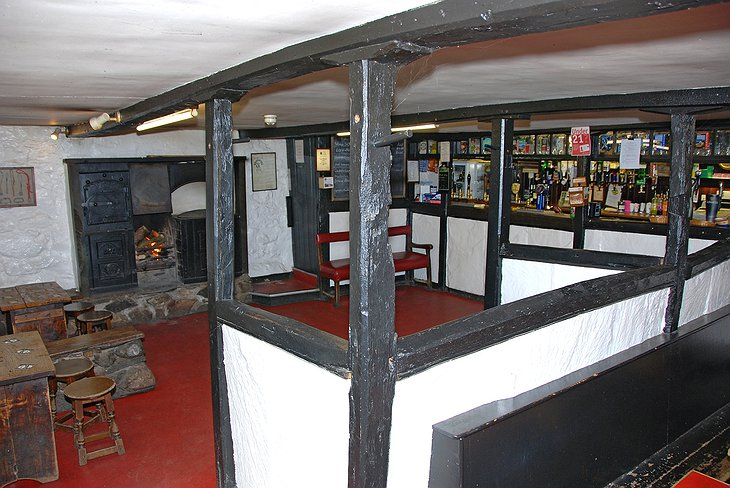 Old Dungeon Ghyll hotel bar
