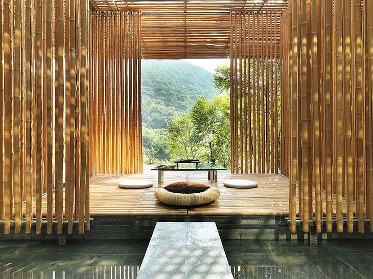 Commune by the Great Wall bamboo house interior
