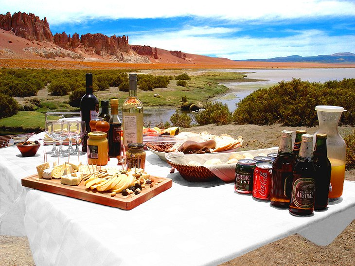 Alto Atacama dining in the nature