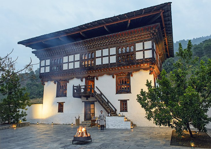 Punakha lodge courtyard