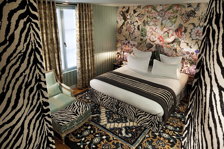 Hotel du Petit Moulin zebra themed room