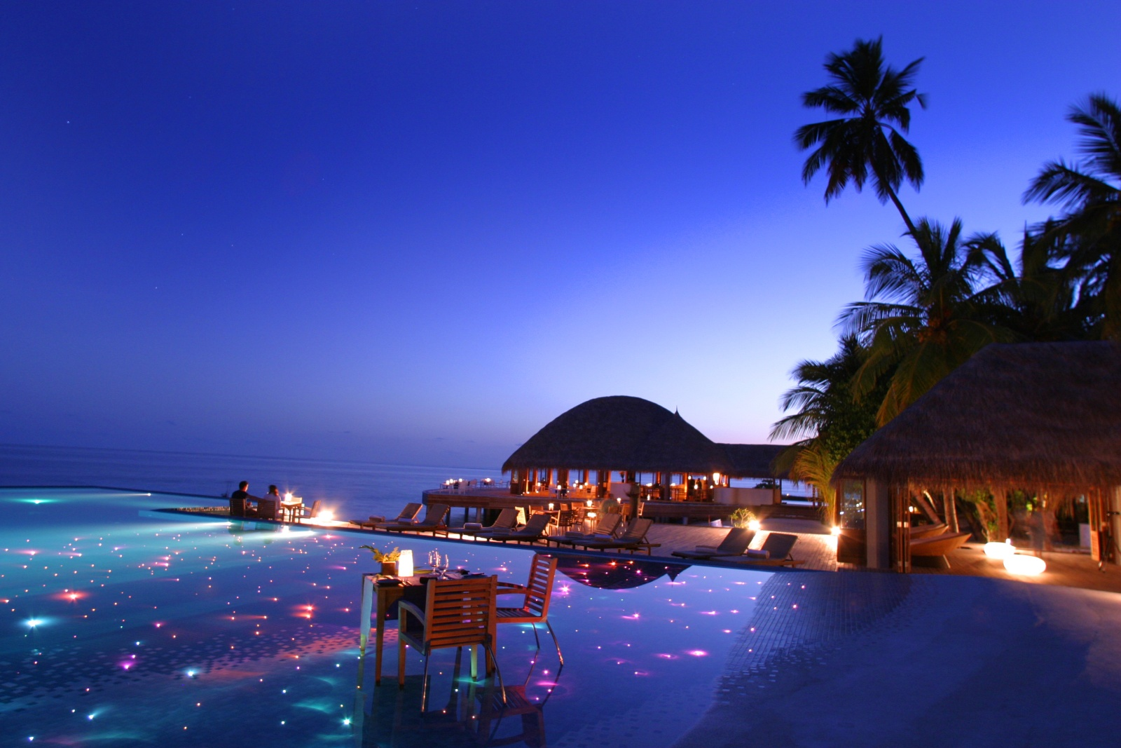 Huvafen fushi for Most luxurious beach resorts in the world