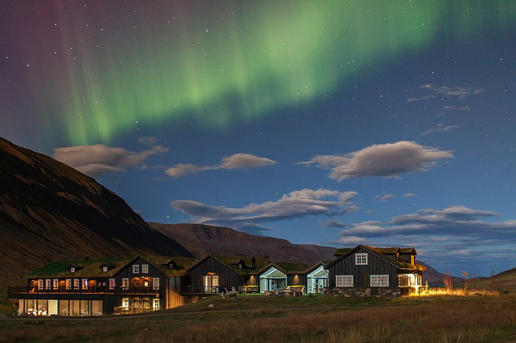 Deplar Farm buildings and Northern Lights