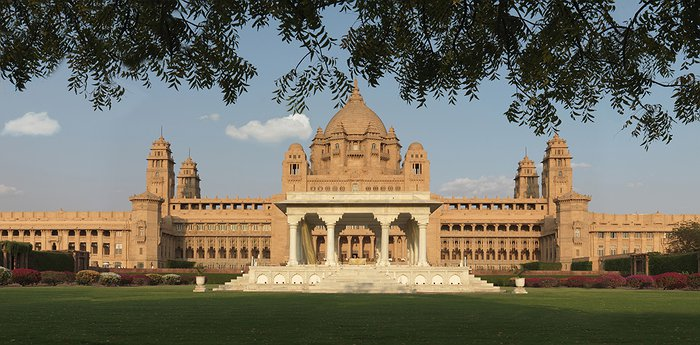 Umaid Bhawan Palace Jodhpur - Luxurious Yellow Sandstone Palace Hotel