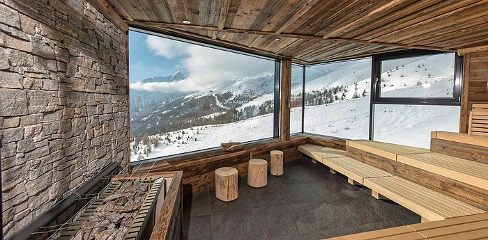 Hotel Schöne Aussicht - Sauna with mountain view
