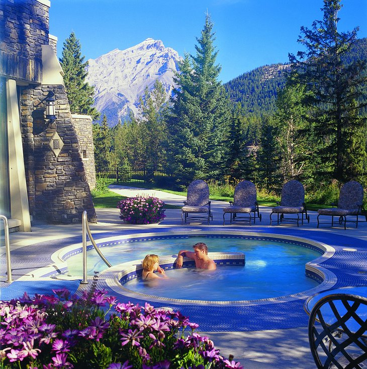 Outside jacuzzi with mountain view in Banff