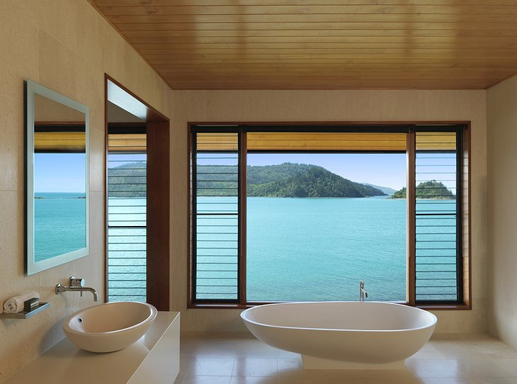 Qualia Hamilton Island bathroom tub with sea views