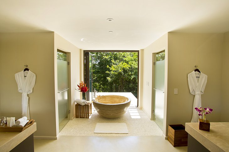 Andaz Peninsula Papagayo large suite bathroom