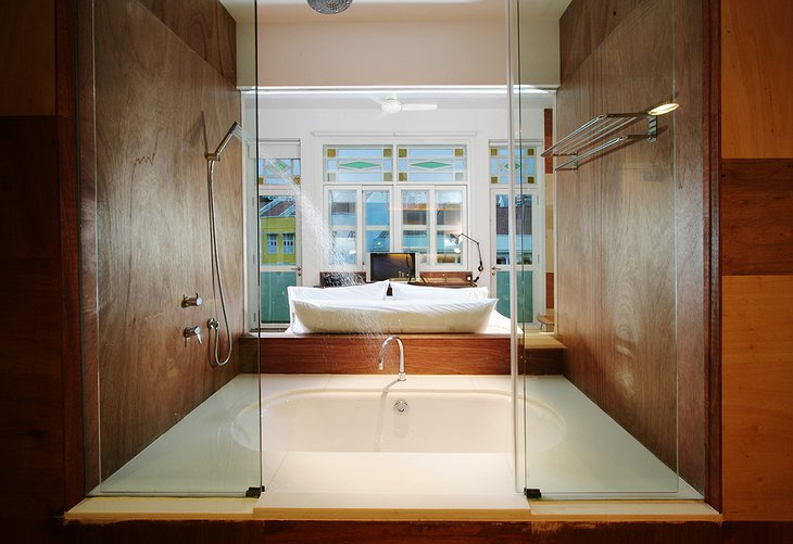 New Majestic Hotel room with bath inside