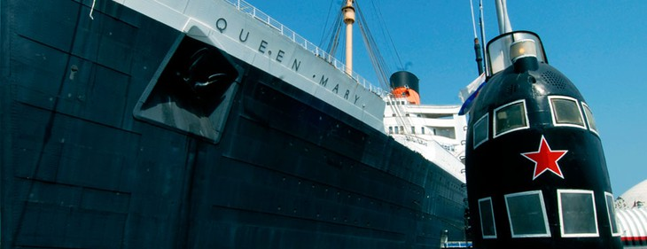 Queen Mary ship docked in Queensway Bay