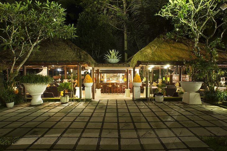 Nandini Jungle Resort Pakis Lounge