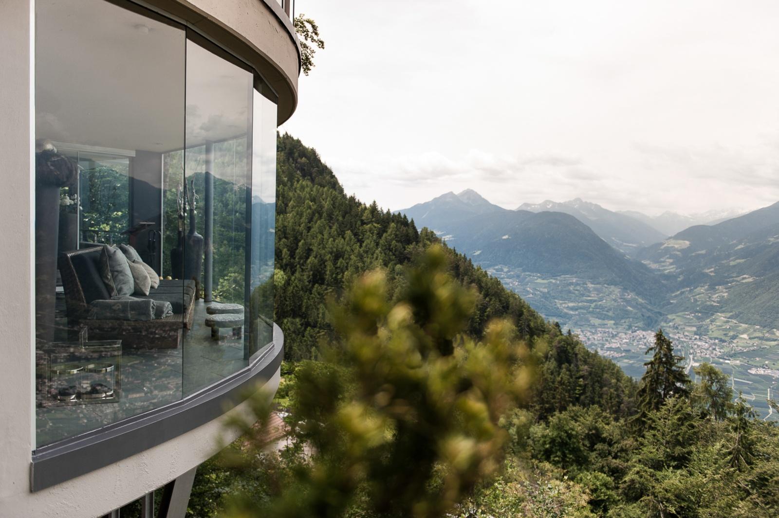 Hotel granpanorama miramonti for Hotel meran design