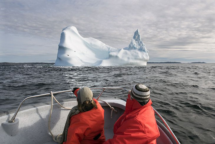 Northern Atlantic boat trip, icebergs in the sea