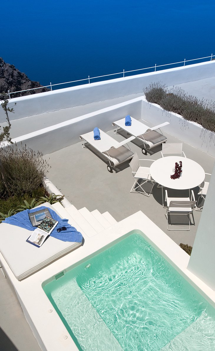Grace Santorini terrace with jacuzzi