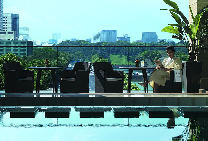 Peninsula Hotel Tokyo terrace with park view