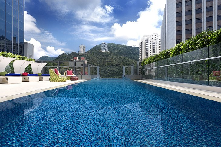 Hotel Indigo Hong Kong pool