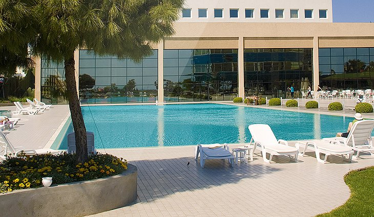 Hotel Marmara Antalya swimming pool