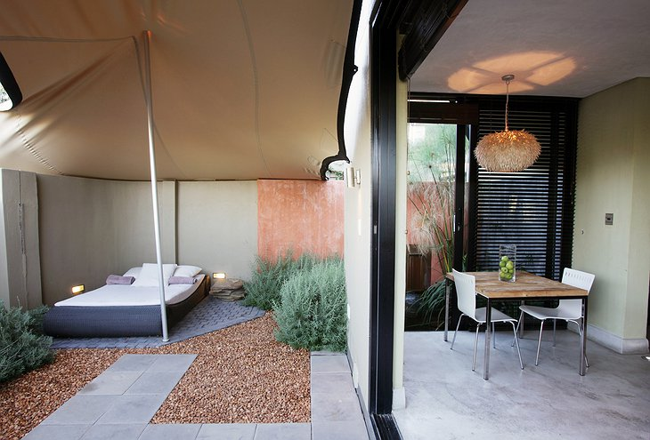 The Olive Exclusive sleep under the tent on the terrace