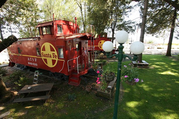 Featherbed Railroad bed and breakfast
