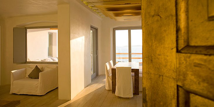 Cavo Tagoo room with sea view