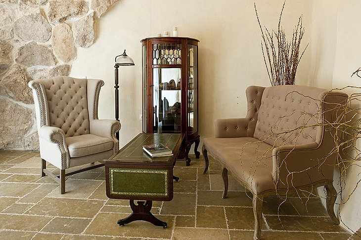 Columbarium living room