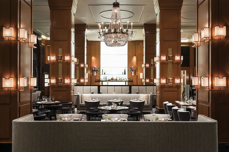 Beverly Wilshire Hotel Bar