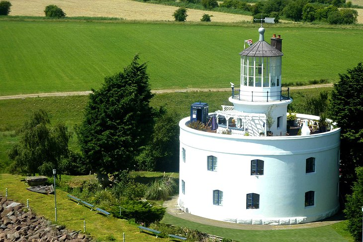 West Usk Lighthouse with Rooftop Garden