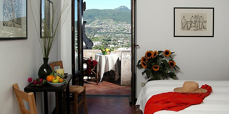 Albergo Il Monastero room with private terrace