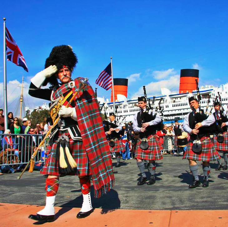 Queen Mary ship and Scottish Festival