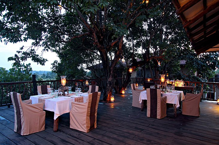 Samode Safari Lodge terrace dining