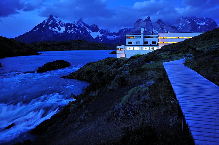 Hotel Salto Chico Explora Patagonia at night