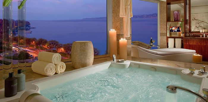 Hotel President Wilson Geneva - Splendid views on Lake Geneva