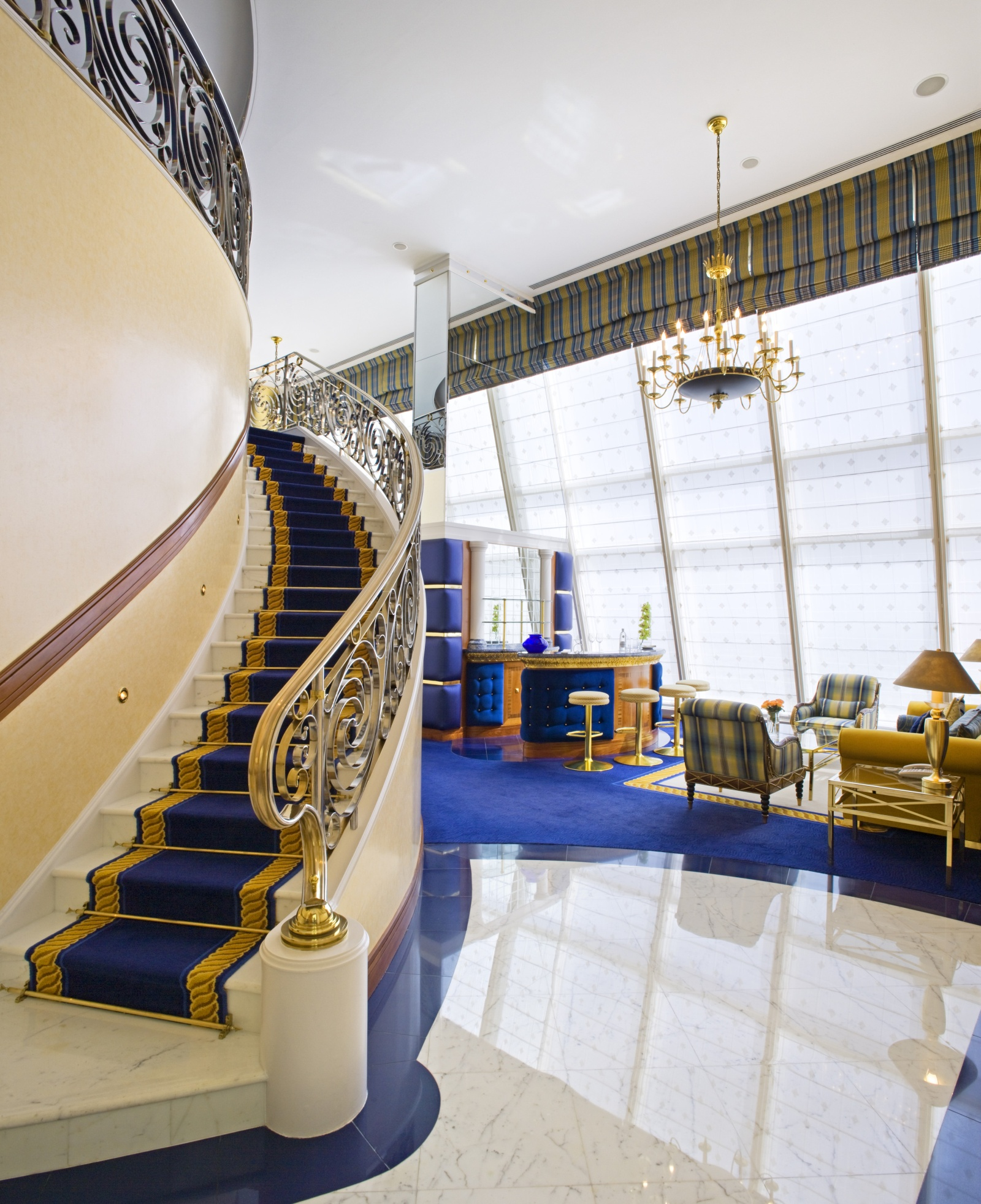 Exclusive Hotel In Dubai: Burj Al Arab