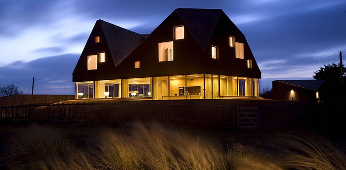 The Dune House - Unique Design For Hire